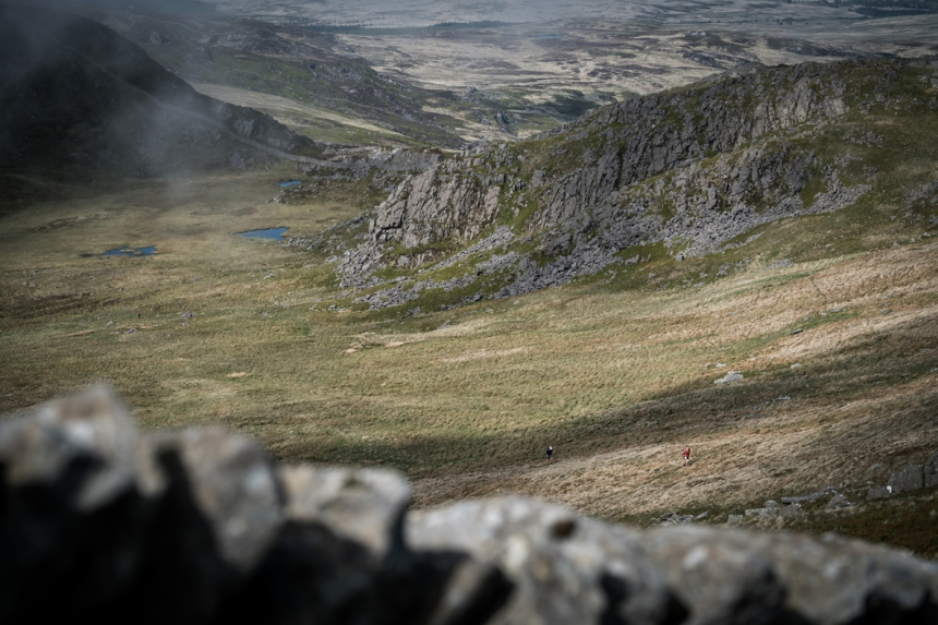 6 Runners near Diffws on day two of the Berghaus Dragon's Back Race - photo Ciancorless.com