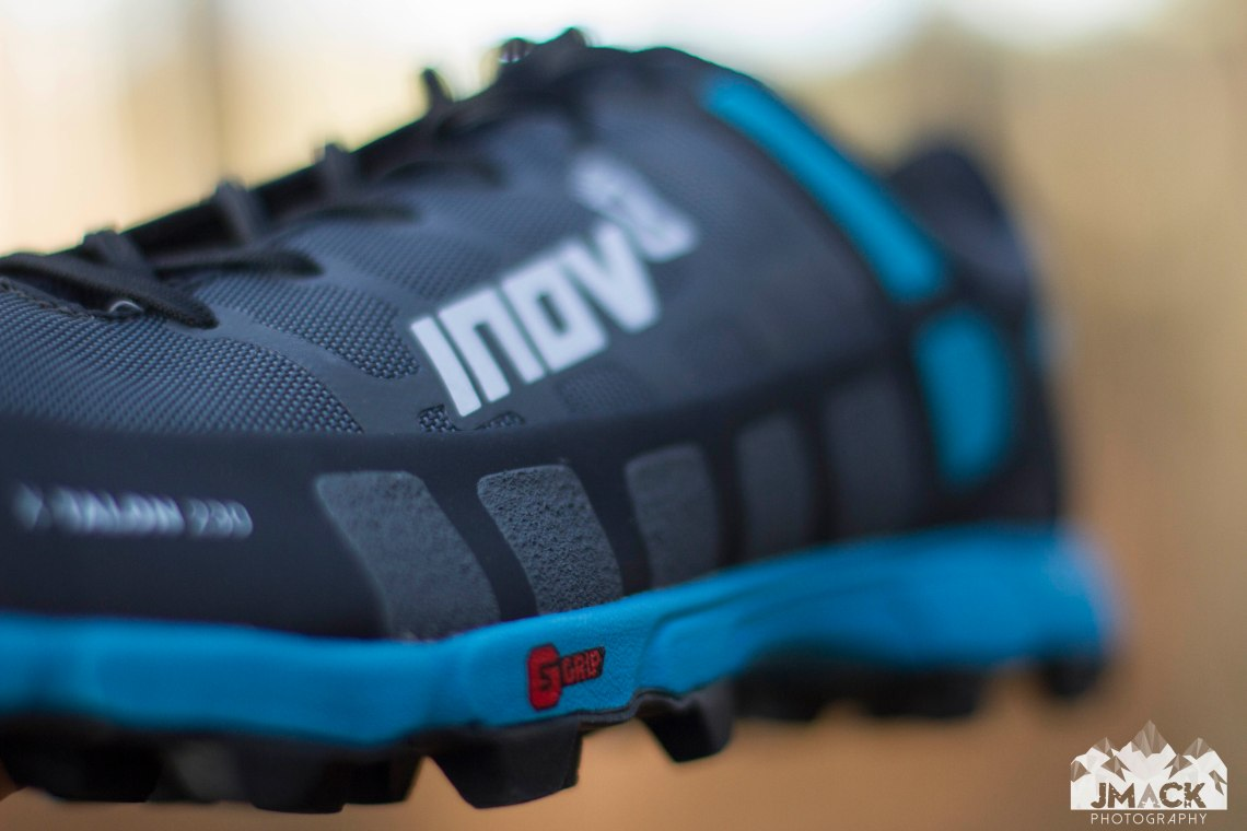 inov-8 X-Talon 230 SGRIP side shallow
